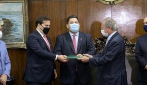 PROPOSTA DO GOVERNO PARA REFORMA TRIBUTÁRIA ISENTA VENDA DE IMÓVEIS