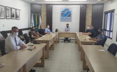 Diretoria Executiva realiza reunião na modelagem presencial e remota